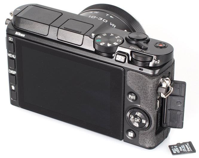 Nikon 1 V3 Black (10)