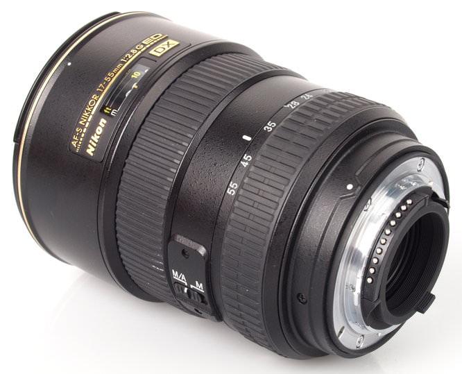 Nikon AF-S DX 17-55mm f/2.8G