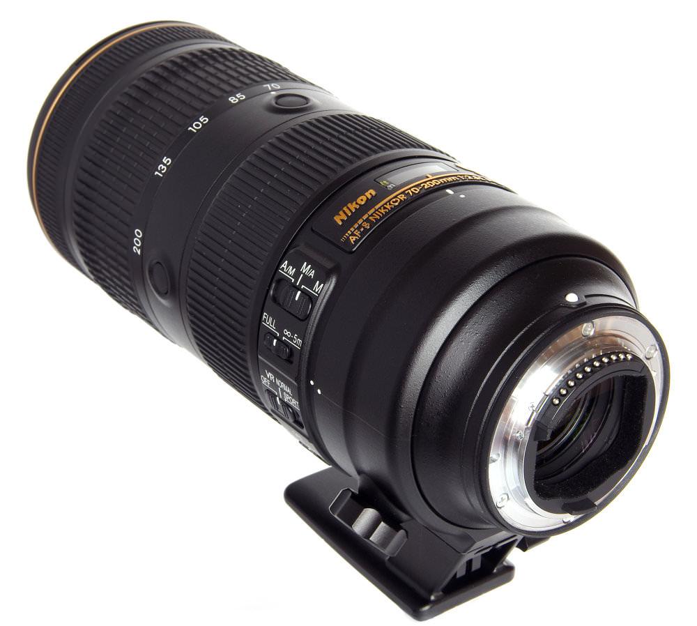Nikkor 70 200mm F2,8 Fl Ed Vr Rear Oblique View