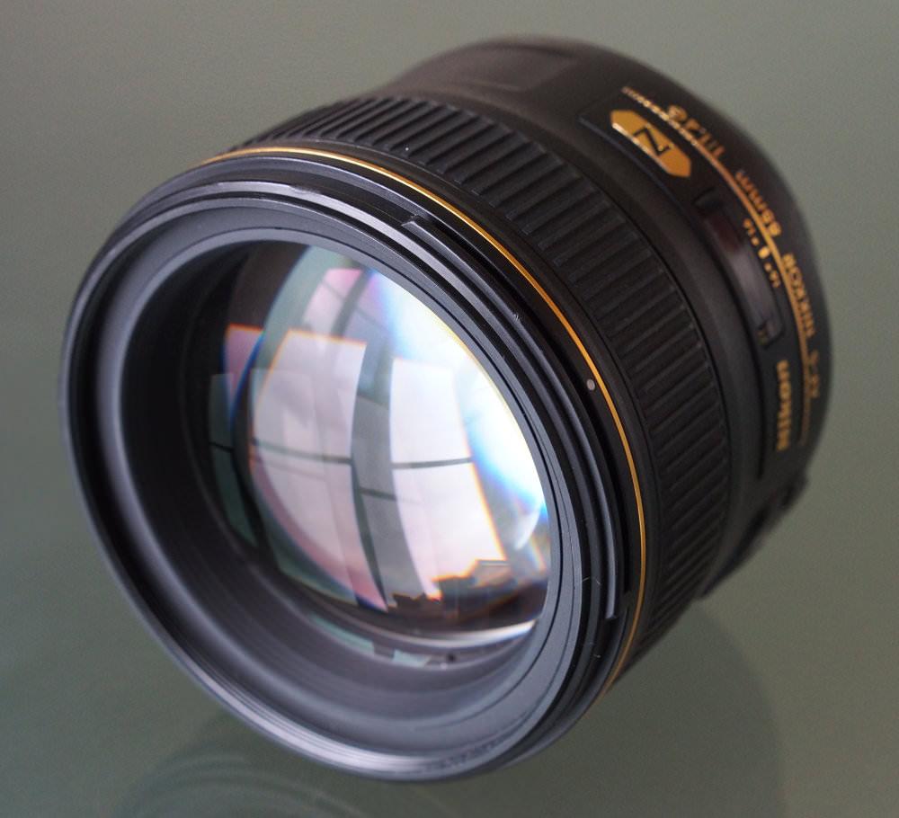 Nikon Nikkor 85mm F1 4G Lens (5)