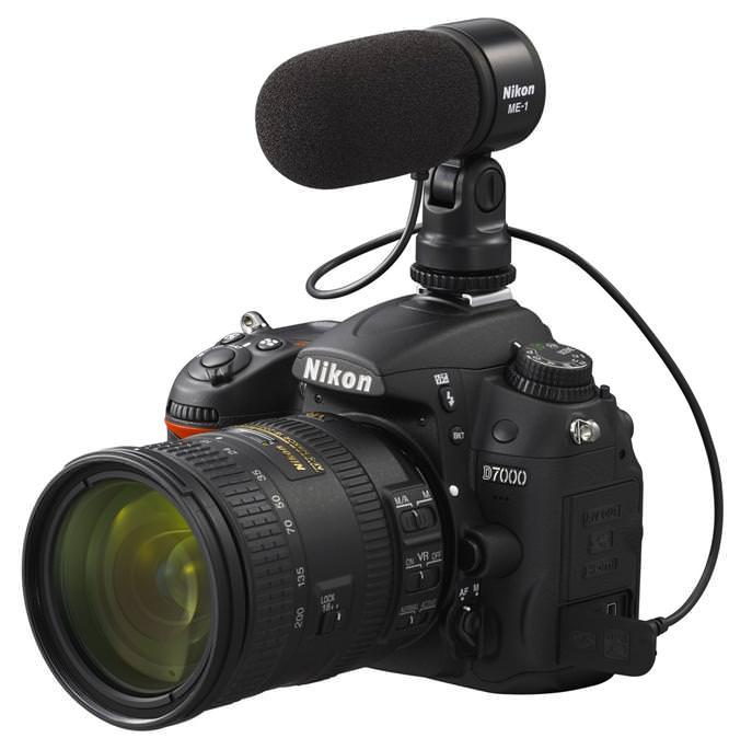 ME-1 on Nikon D7000 DSLR