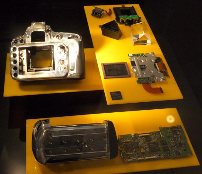 Nikon D600 Body Insides