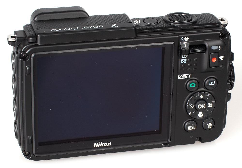 Nikon Coolpix AW130 (6)