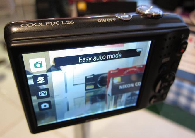 Nikon Coolpix L26 Back Screen