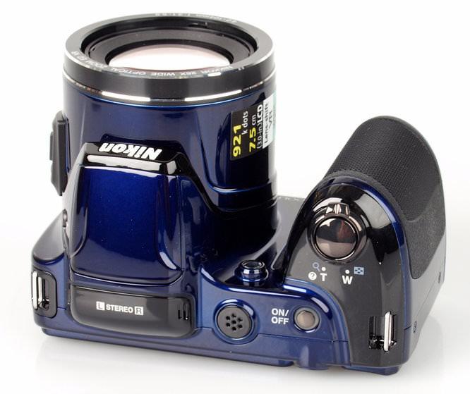 Nikon Coolpix L810 Top