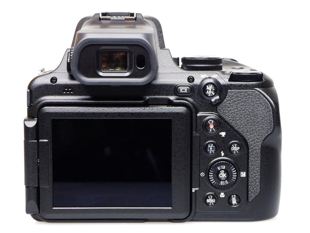 Nikon Coolpix P1000 (8)