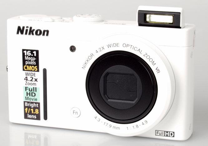 Nikon Coolpix P310 Front Flash Up