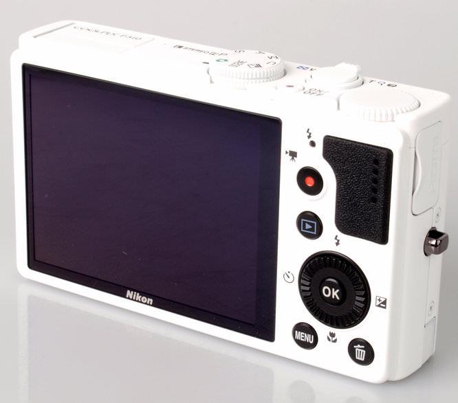 Nikon Coolpix P310 Rear