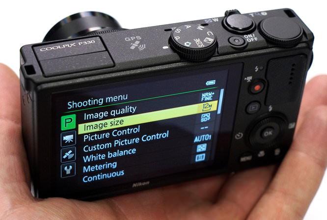 Nikon Coolpix P330 Black (13)