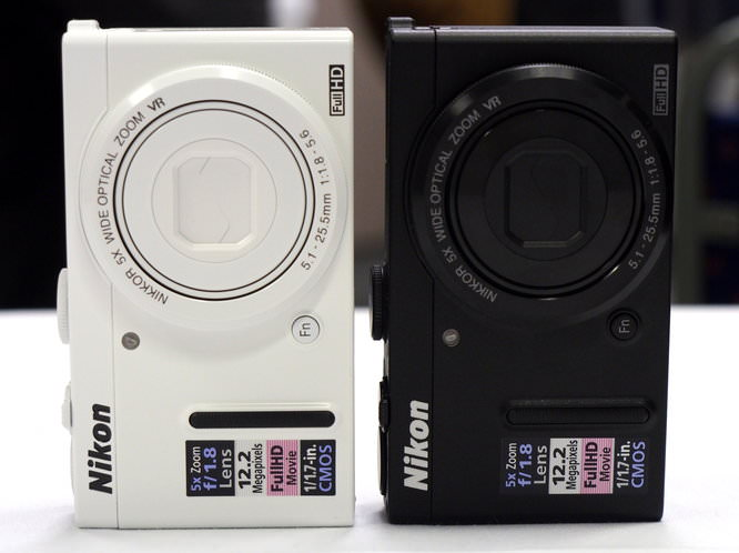 Nikon Coolpix P330 White Black (2)