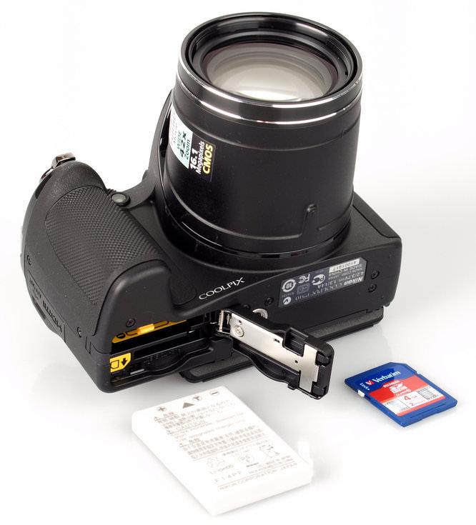 Nikon Coolpix P510 Battery And Memory Card