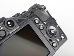 Nikon Coolpix P7000 back buttons