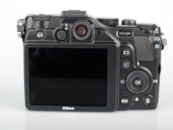 Nikon Coolpix P7000 back