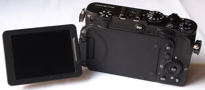Nikon Coolpix P7700 (3) (Custom)