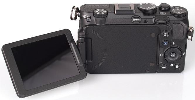 Nikon Coolpix P7700 (9)
