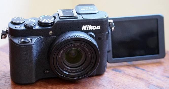 Nikon Coolpix P7800 (1)