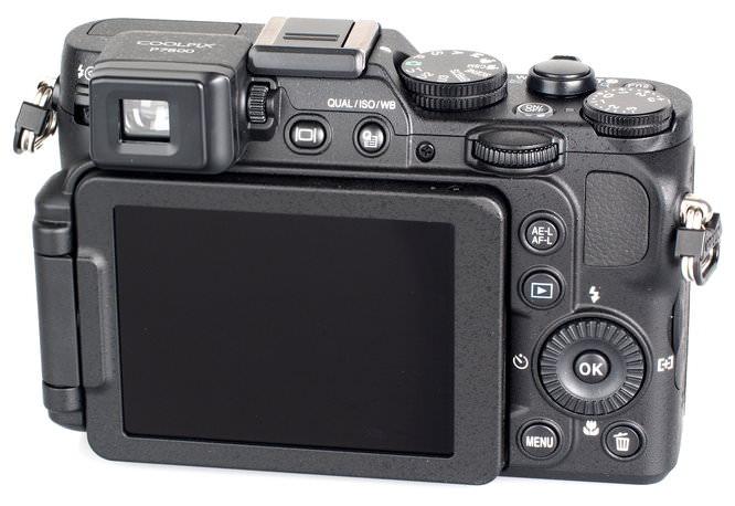 Nikon Coolpix P7800 (7)