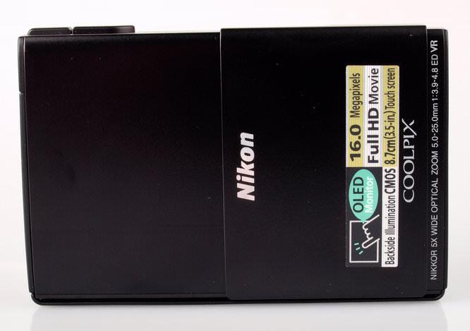 Nikon Coolpix S100 Front