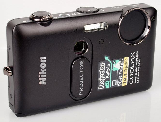 Nikon Coolpix S1200pj Angled