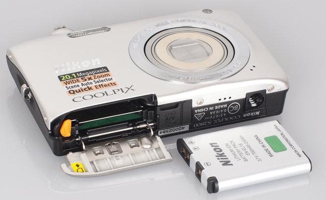 Nikon Coolpix S2800 (1)