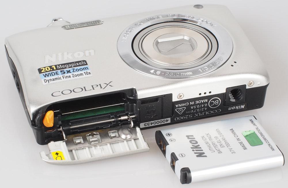 Nikon Coolpix S2900 Silver (1)