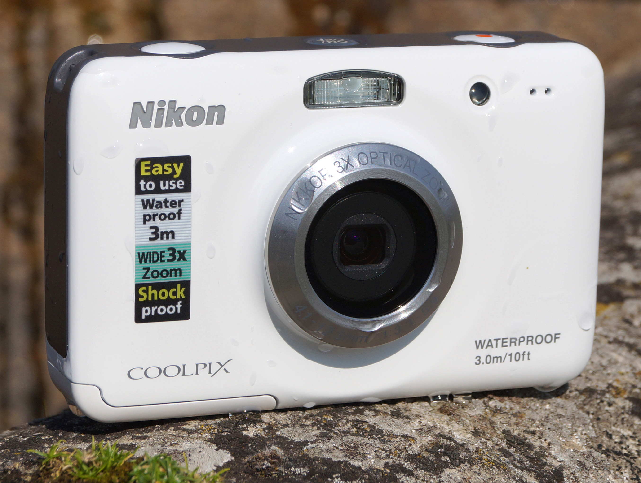 Nikon Coolpix S30 Waterproof Camera Review