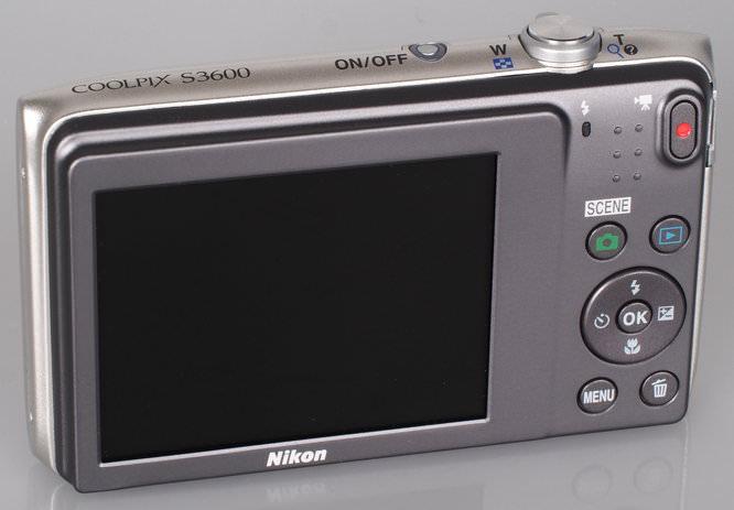 Nikon Coolpix S3600 Silver (7)