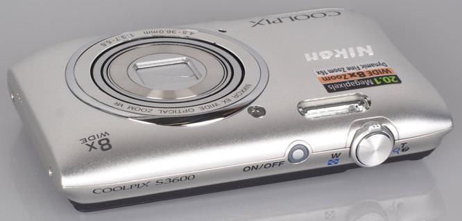 Nikon Coolpix S3600 Silver (8)