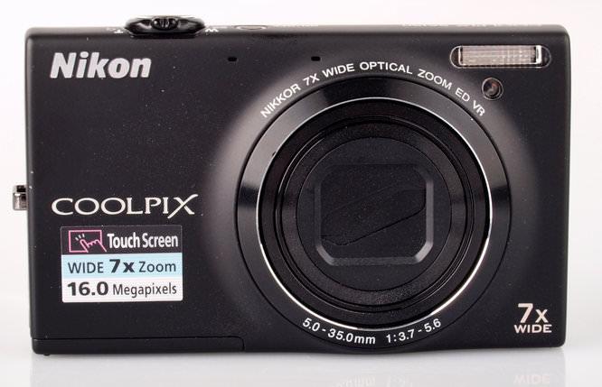 Nikon Coolpix S6150 Front