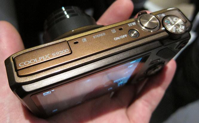 Nikon Coolpix S9200