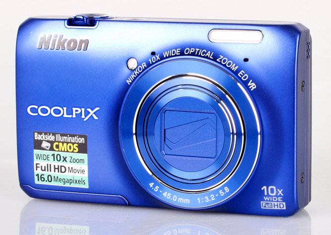 Nikon Coolpix S6300 Front 2