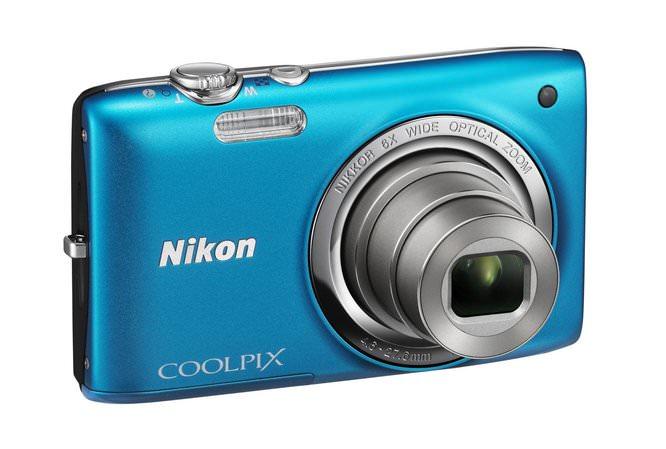 Nikon Coolpix S2700 BL Front34r Lo