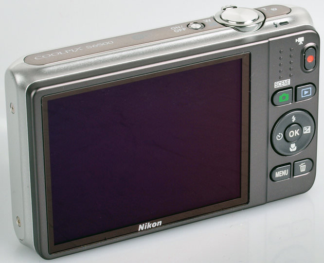 Nikon Coolpix S6500 8