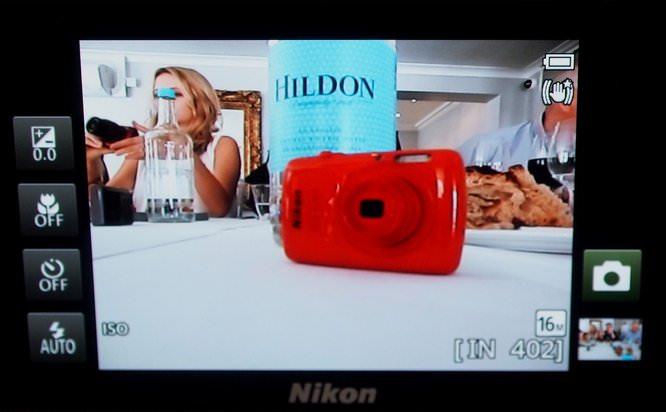 Nikon Coolpix S800c (7) (Custom)