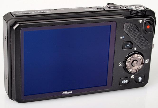 Nikon Coolpix S9200 1