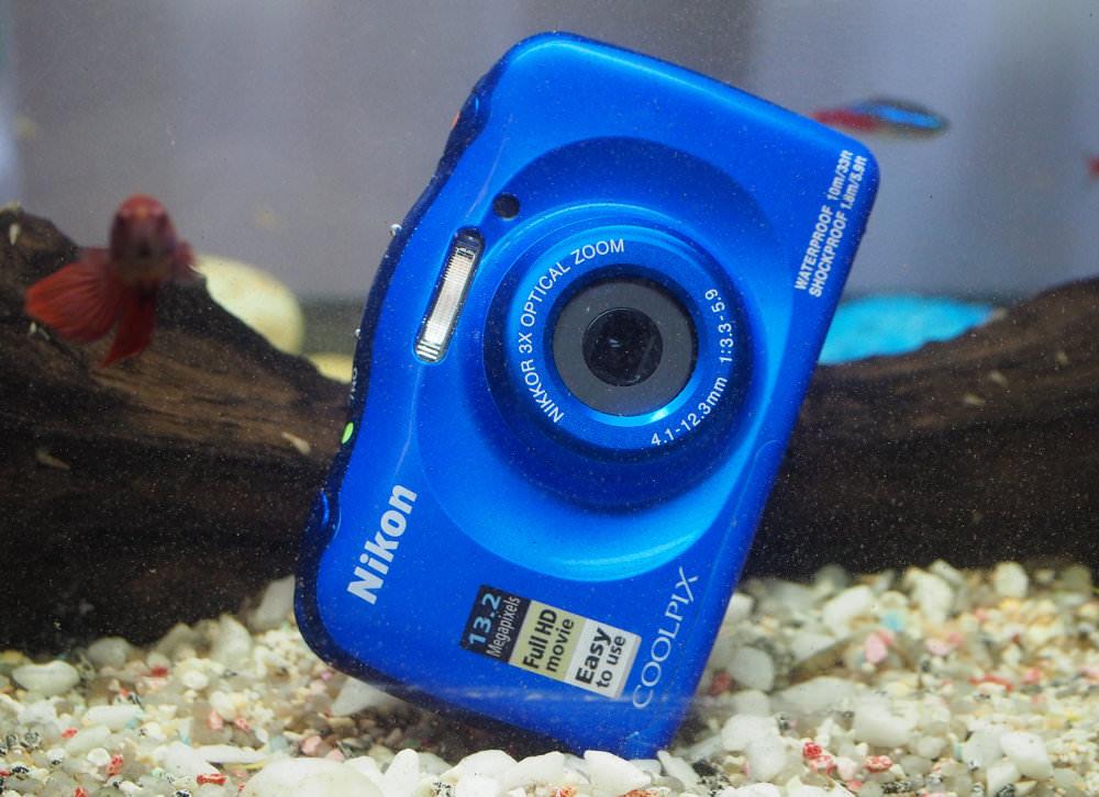 Nikon Coolpix W100 Underwater