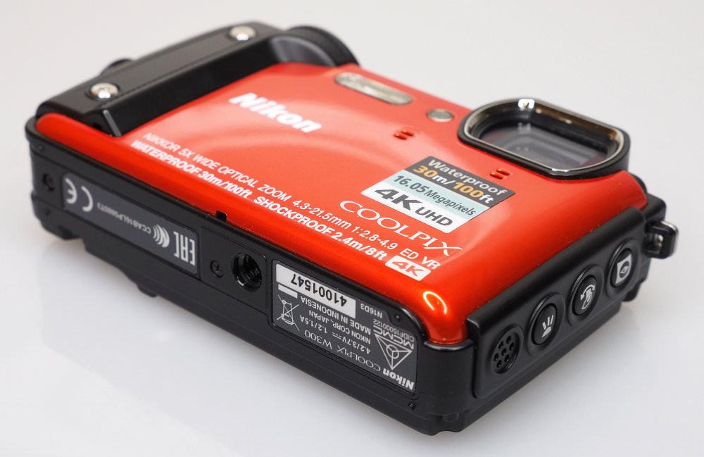 Nikon Coolpix W300 Orange 7a