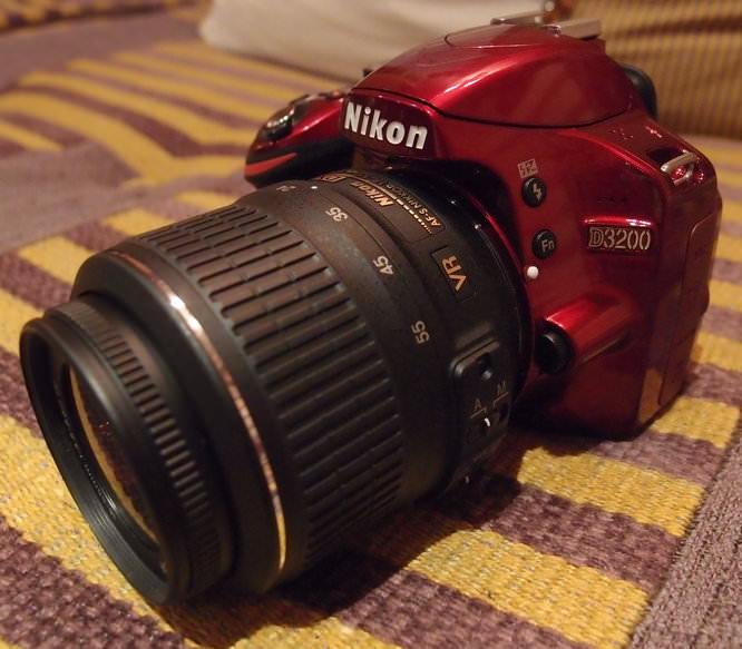 Nikon D3200 Red (6)