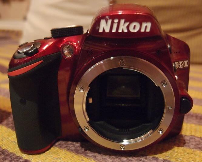 Nikon D3200 Red (7)