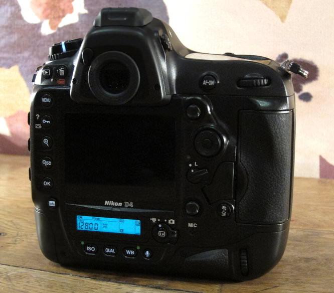 Nikon D4 Illuminated
