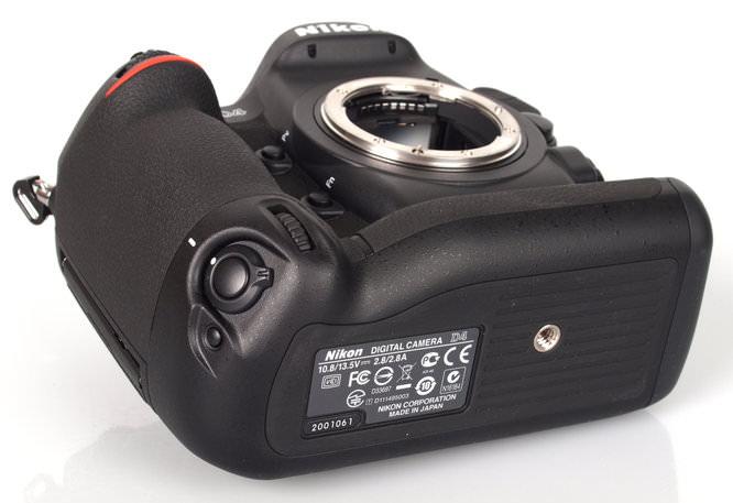 Nikon D4 Bottom Angle