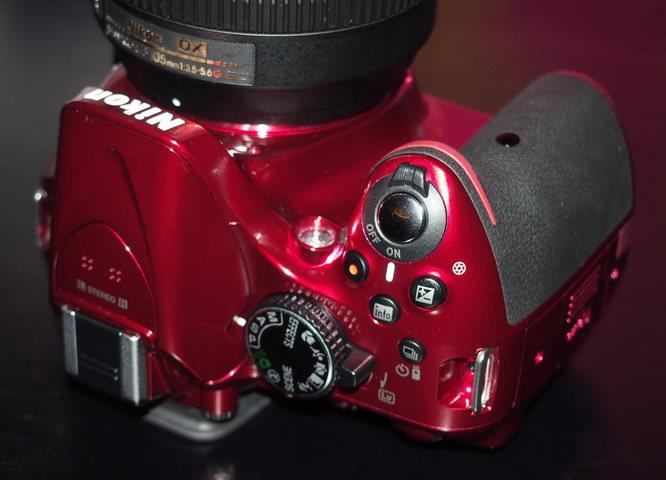 Nikon D5200 Red (3)