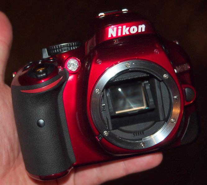 Nikon D5200 Red (6)