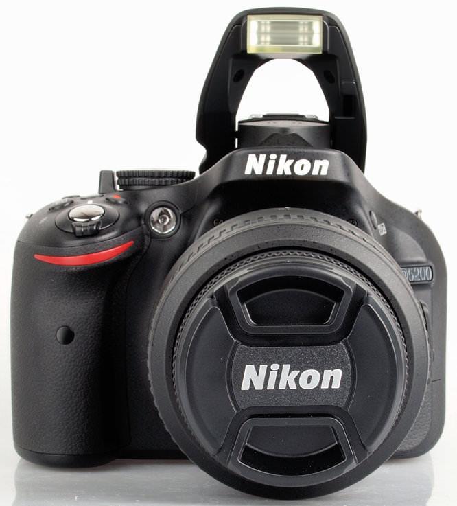Nikon D5200 2