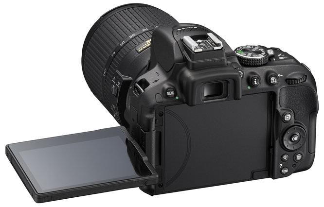 D5300 BK 18 140 LCD 3
