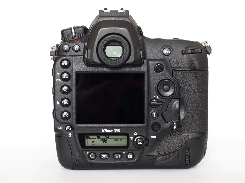 Nikon D6 (3)