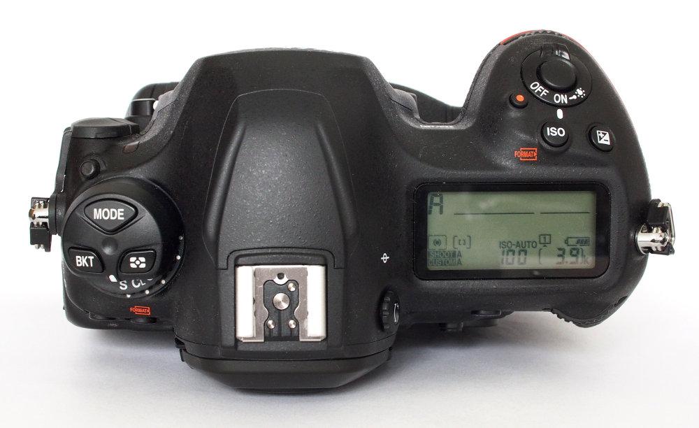 Nikon D6 (6)