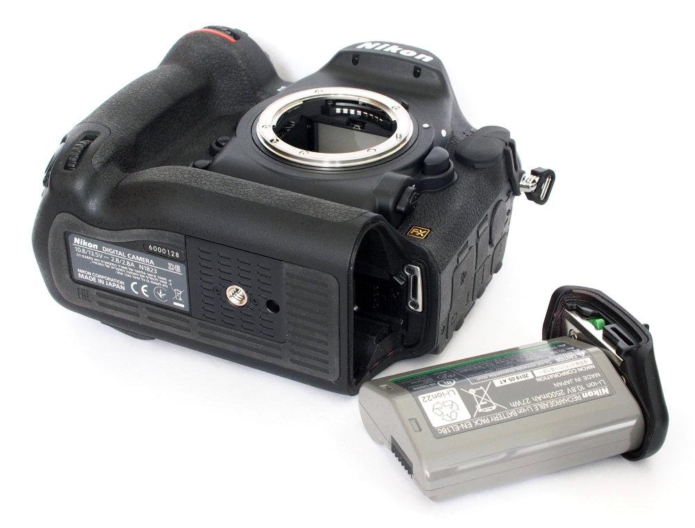 Nikon D6 Battery (1)