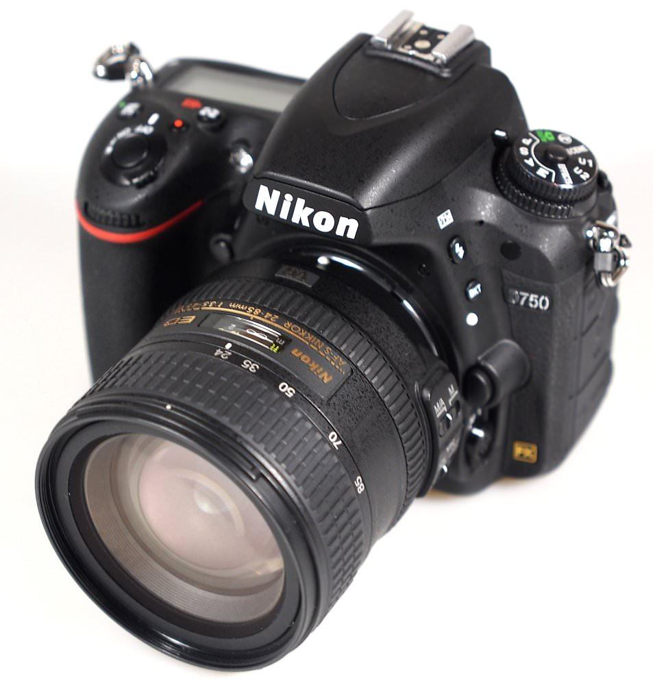 Nikon D750 (2) (Custom)