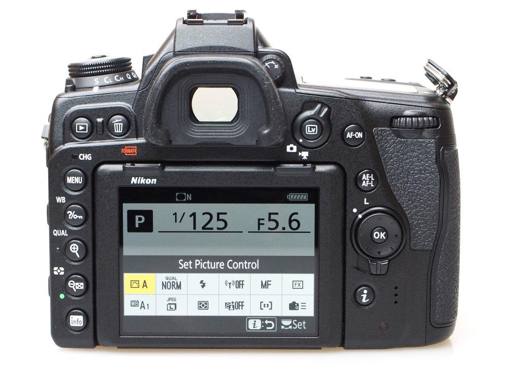 Nikon D780 (5)